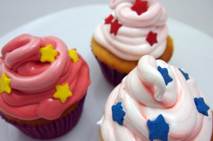 Cupcakes z nutellą i lukrem piankowym