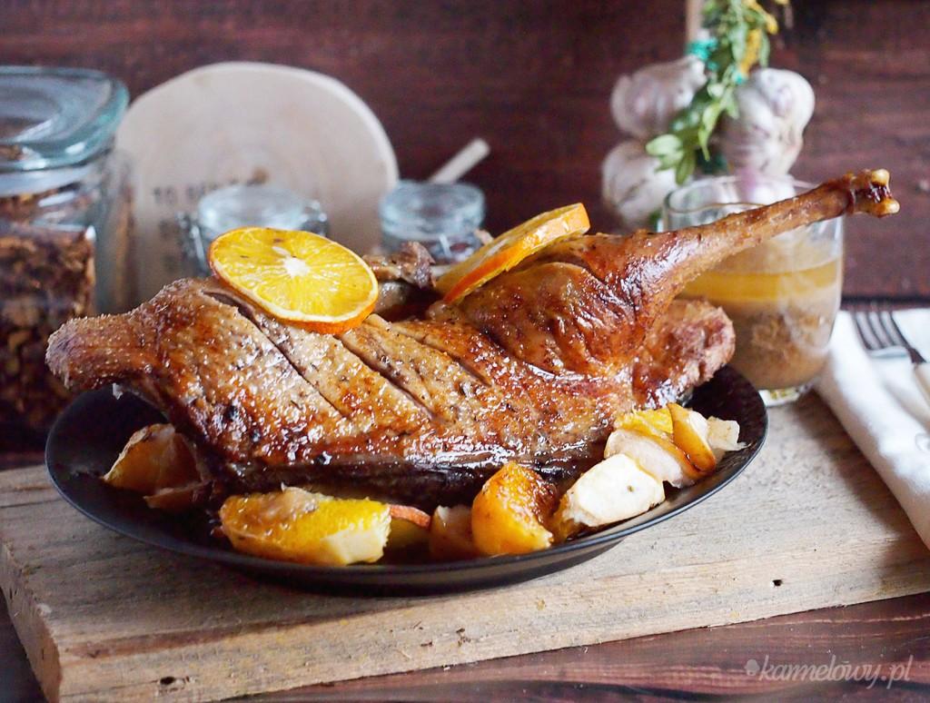 Kaczka pieczona z jabłkami i pomarańczami / Roast duck with apples and oranges