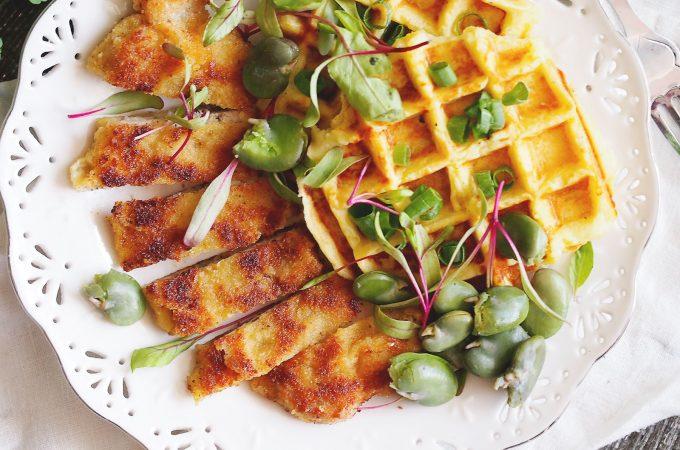 Kotlety schabowe w parmezanowej panierce / Parmesan-Crusted Pork Chops
