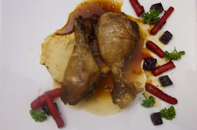 Pałki kurczaka w sosie miodowo-sojowym