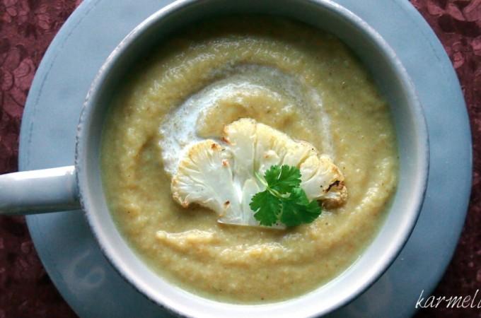 Pikantna zupa-krem z pieczonego kalafiora