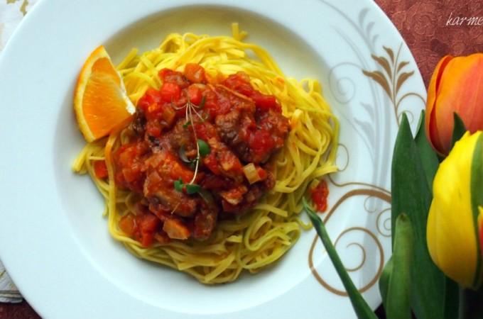 Tagliatelle z kaczką w sosie pomidorowym z nutą pomarańczy