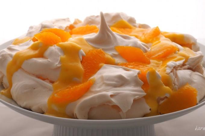 Pavlova z orange curd z likierem cytrynowym Marthy Stewart