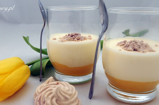 Mus z mascarpone z orange curd i bezami