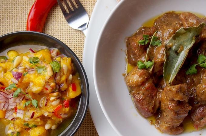 Curry z karkówką i salsą z mango Gordona Ramsaya