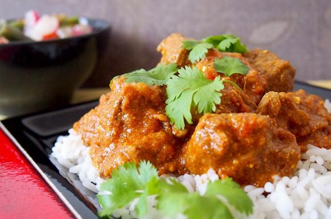 Aromatyczne curry pomidorowe z indykiem/ Fragrant turkey tomato curry