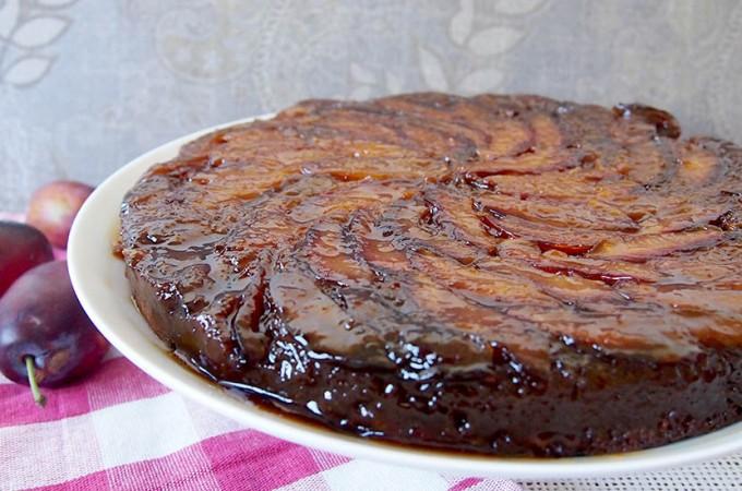 Odwrócone ciasto ze śliwkami i karmelem/Upside Down Plum Cake