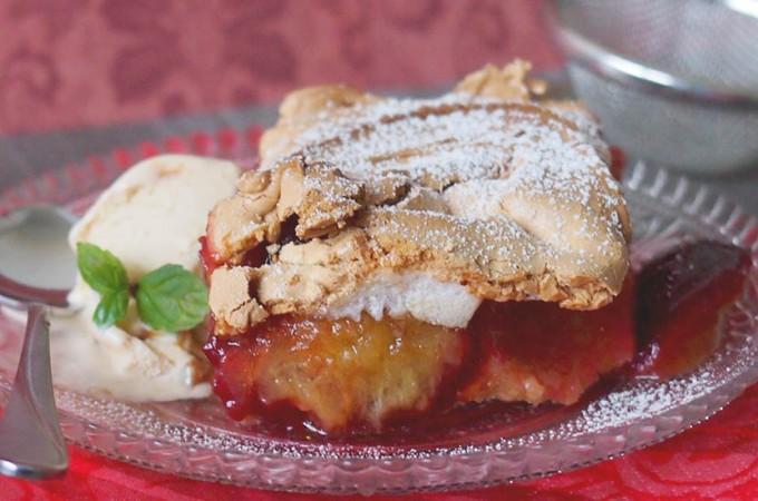Ciasto ze śliwkami i pianką / Plum meringue pie