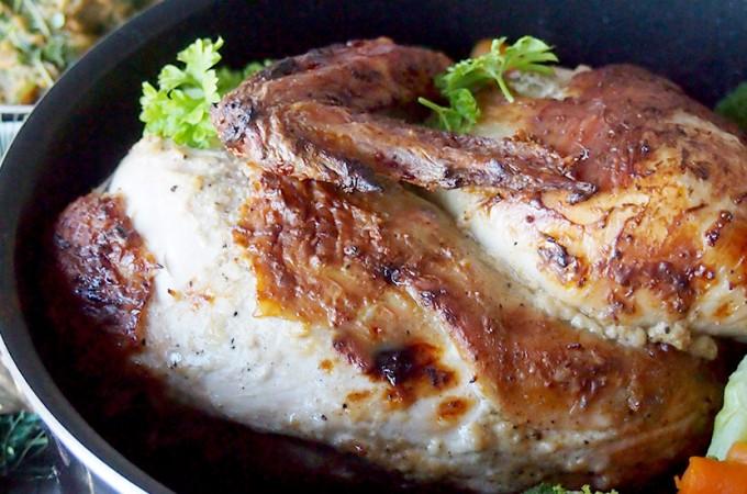 Pieczony kurczak w marynacie jogurtowej z kardamonem / Roasted chicken with cardamom and yogurt