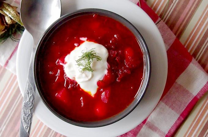 Barszcz czerwony z kapustą / Beet and cabbage borscht