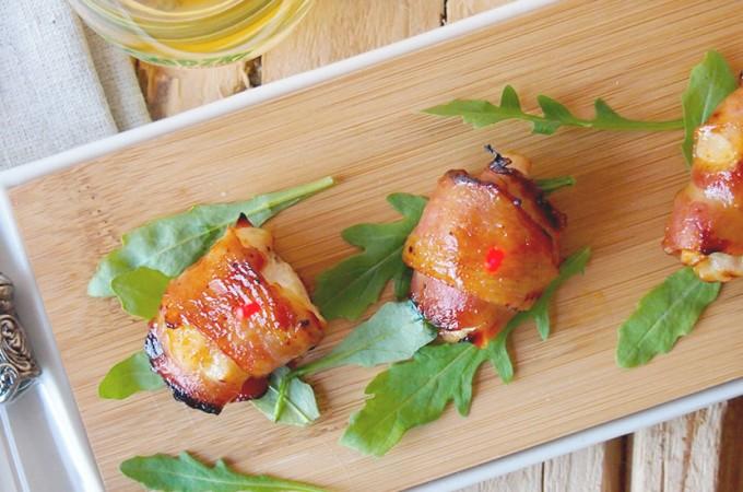 Kąski z kurczaka z boczkiem w glazurze miodowo-musztardowej / Honey mustard glazed chicken and bacon bites
