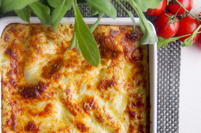 Lasagne z dorszem, szpinakiem i groszkiem / Peas, spinach and cod lasagne
