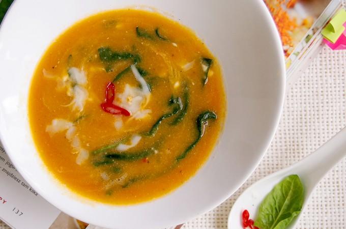 Zupa z soczewicą i szpinakiem / Lentil and spinach soup