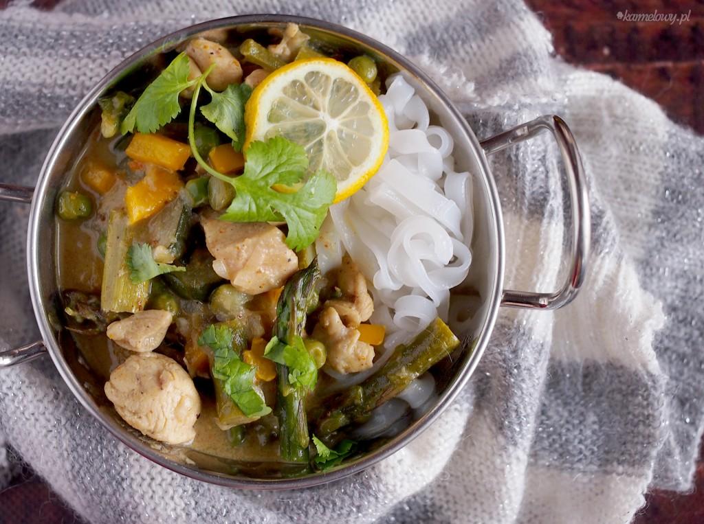 Wiosenne curry z kurczakiem ze szparagami/ Spring chicken curry