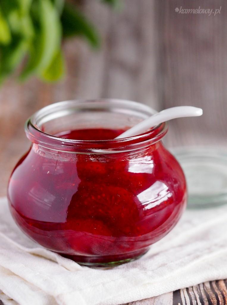 Dżem truskawkowy z nutą cytrynową/ Strawberry jam with lemon