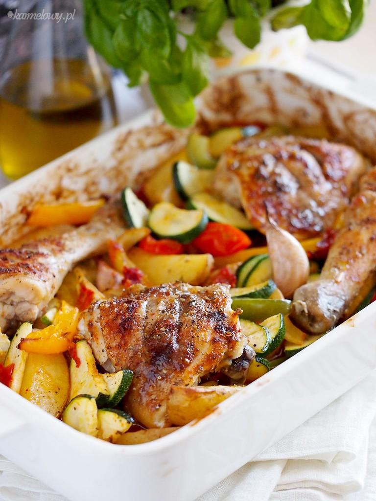 kurczak zapiekany z warzywami i chorizo
