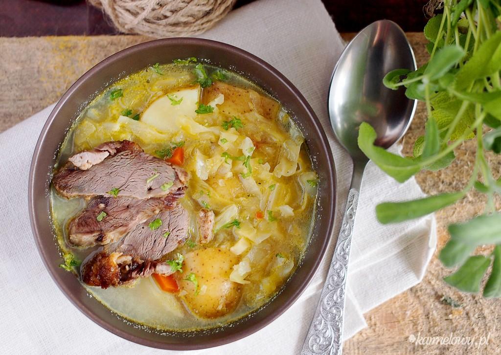 Zupa warzywna z młodą kapustą / Cabbage and vegetable soup