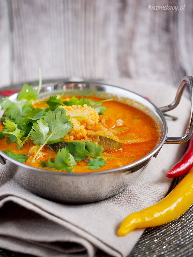 Łatwa zupa z curry i warzywami / Easy curry and vegetable soup