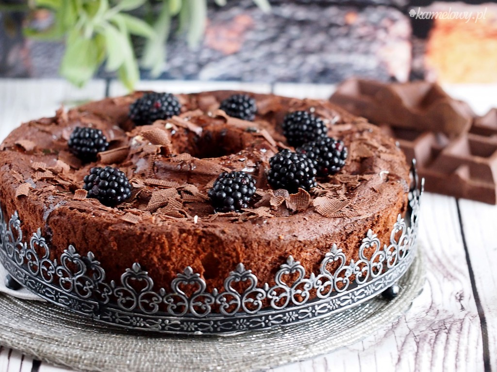 Czekoladowe ciasto z białek / Chocolate egg white cake