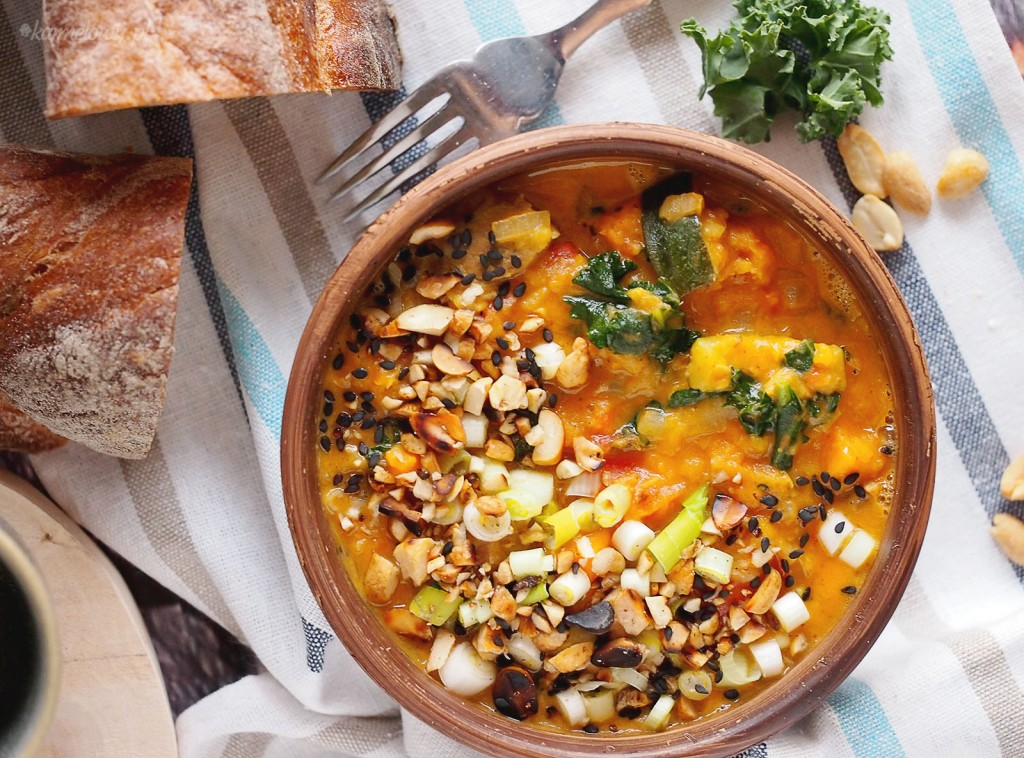 Gulasz z karkówką, batatami i jarmużem / Pork, sweet potato and kale stew