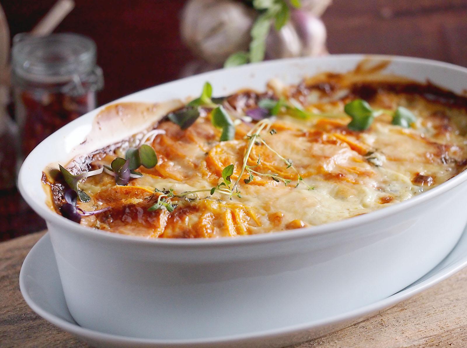 Zapiekane bataty / Sweet potato gratin - Karmelowy blog ...