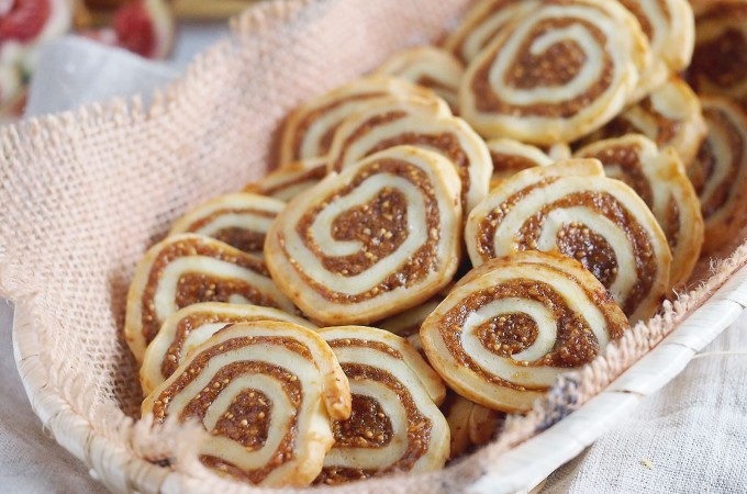 Kruche ciasteczka z suszonymi figami / Pinwheels cookies with dried figs