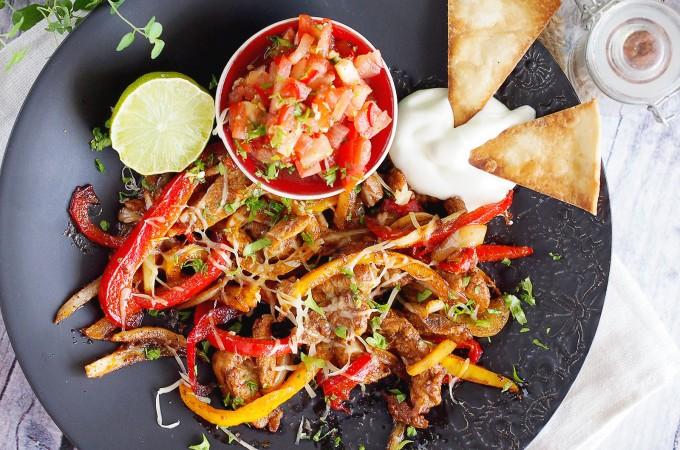 Pikantne fajitas z kurczakiem / Spicy chicken fajitas