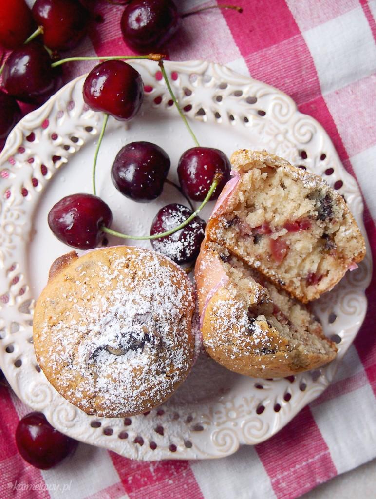 Muffiny z czekoladą i czereśniami / Cherry and chocolate muffins