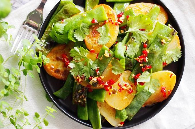Ziemniaki z patelni z fasolką szparagową / Pan fried potatoes with green beans