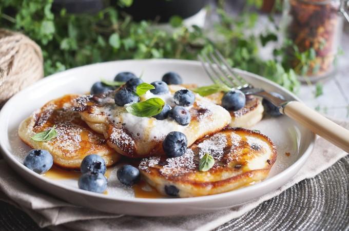 Placuszki jogurtowe z jagodami / Yogurt blueberry pancakes