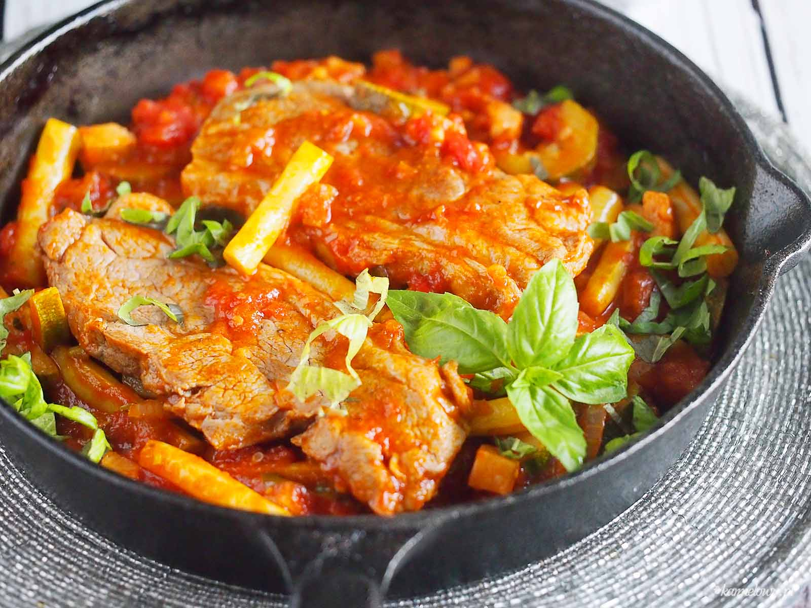 Jagniecina-z-cukinia-i-fasolka-szparagowa-Lamb-with-zucchini-and-green-beans