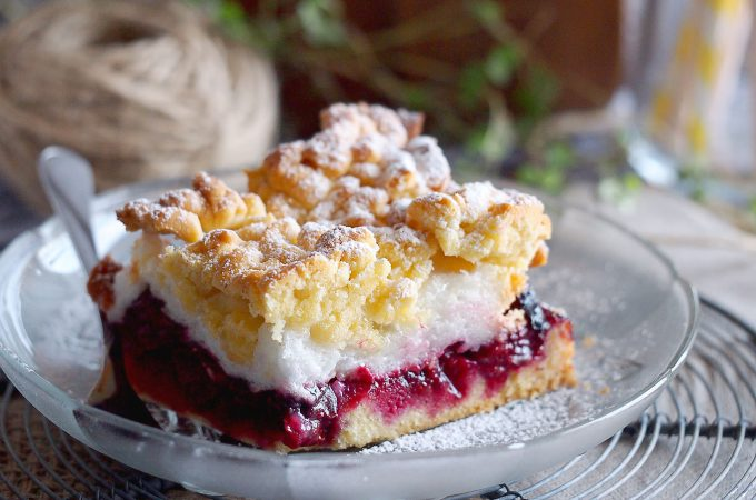 Ciasto z wiśniami i bezą / Cherry meringue cake