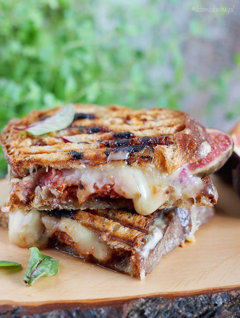 Tosty z boczkiem, serem i figami / Fig, bacon and cheese toasts
