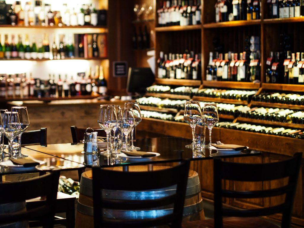 Kolacja degustacyjna w La Vinotheque Wine Bar & Store