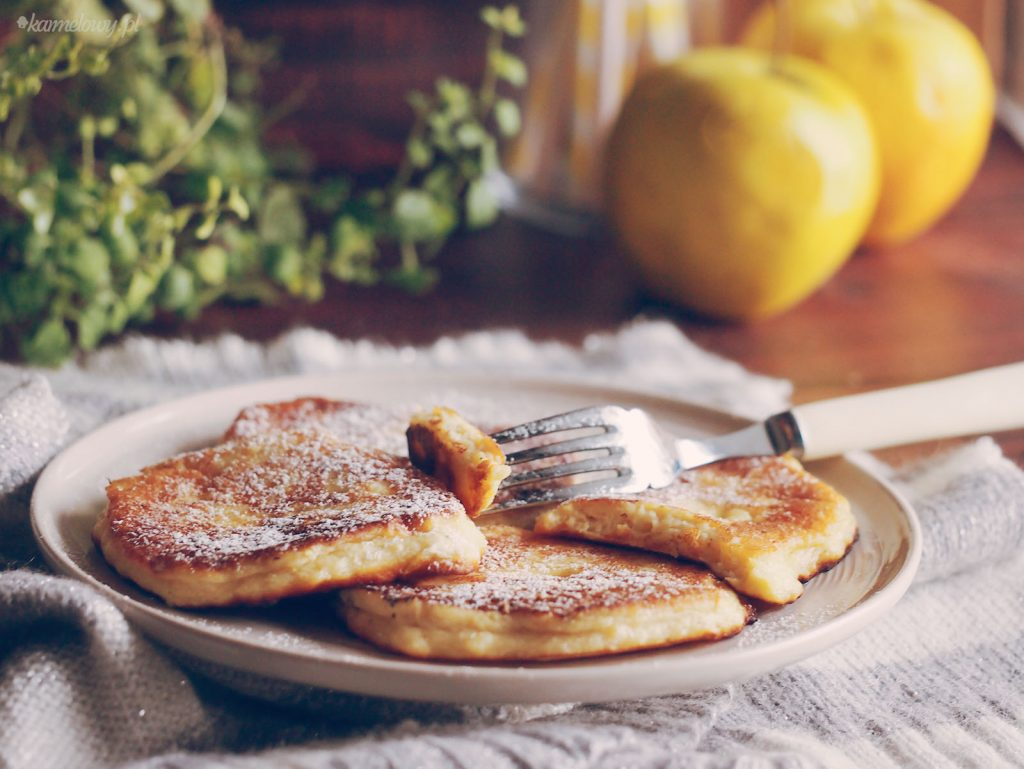 Placuszki z jabłkami i ricottą / Apple and ricotta pancakes