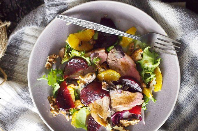 Sałatka z kaczką, pieczonymi burakami i pomarańczą / Duck, beet and orange salad