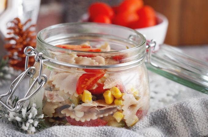 Sałatka makaronowa z tuńczykiem / Tuna pasta salad