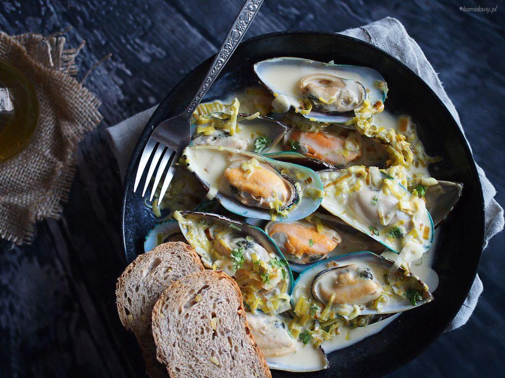 Mule w sosie z białego wina i sera pleśniowego/Mussels with blue cheese and white wine