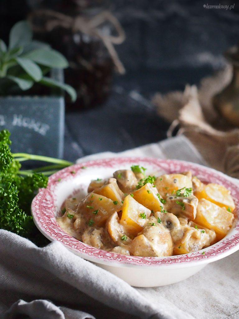 Kremowe ziemniaki z grzybami / Creamy potatoes with mushrooms