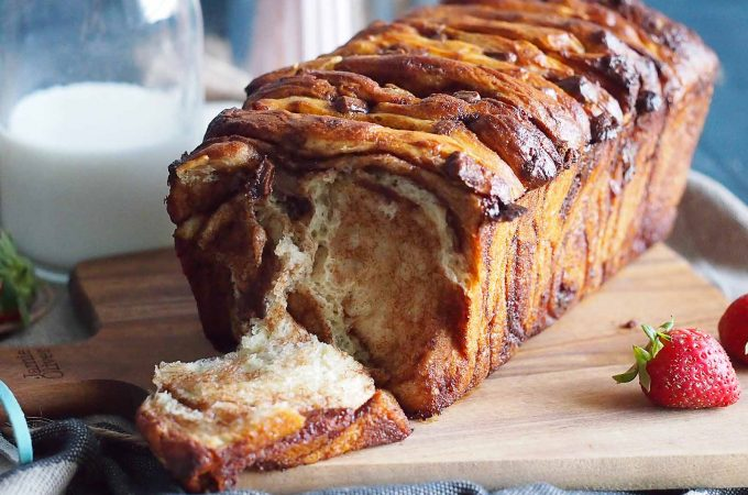 Chlebek do odrywania z czekoladą / Chocolate pull-apart bread