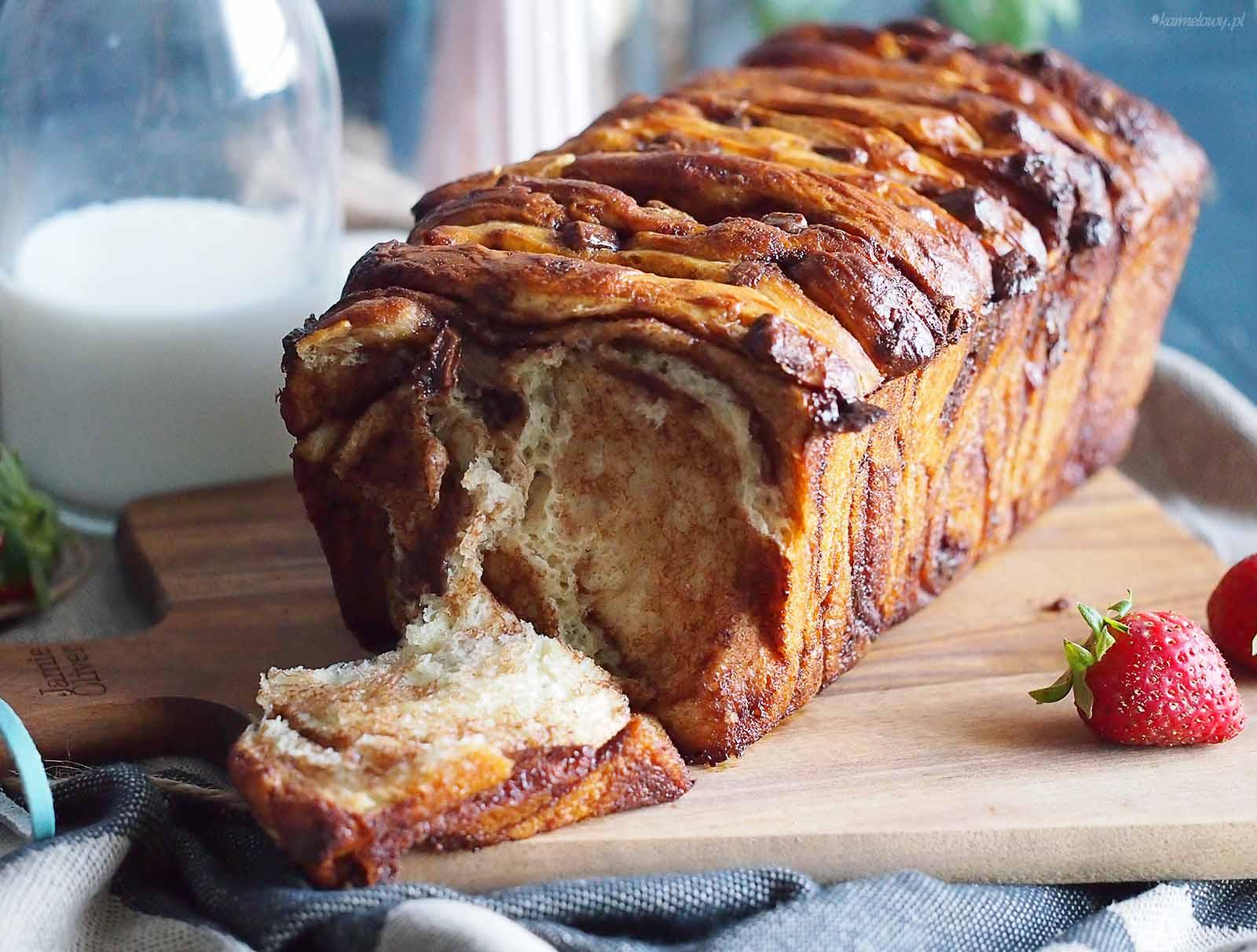 Chlebek-do-odrywania-z-czekolada-Chocolate-pull-apart-bread