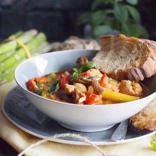 Szybka potrawka-wiosenna-z-kurczakiem-i-szparagami-Easy-spring-asparagus-and-chicken-stew