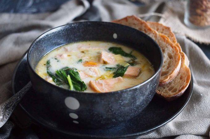 Szybka zupa z łososiem i szpinakiem / Easy salmon and spinach soup
