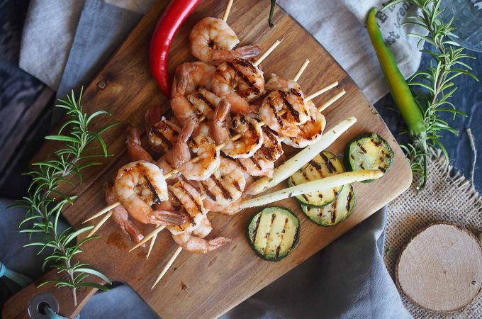 Grillowane-krewetk-w-glazurze-miodowo-piwnej-Grilled-shrimp-with-honey-beer-glaze