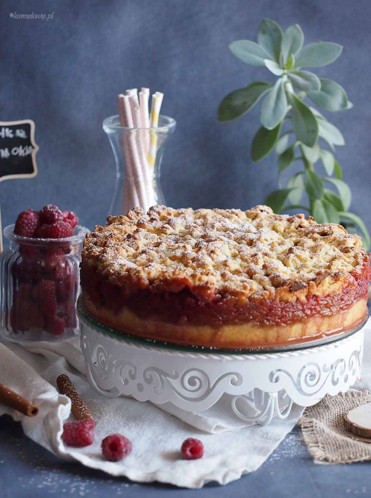 Latwa-szarlotka z-malinami-Easy-apple-cake-with-raspberries