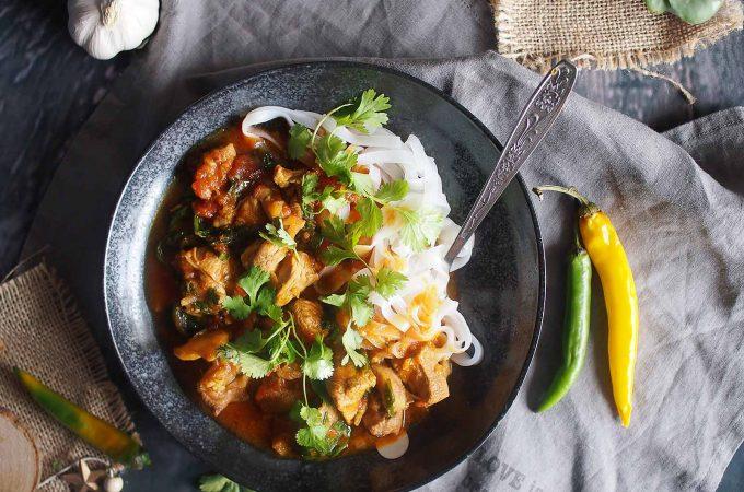 Szybkie-curry-z-kurczakiem-i-szpinakiem-Easy-chicken-and-spinach-curry