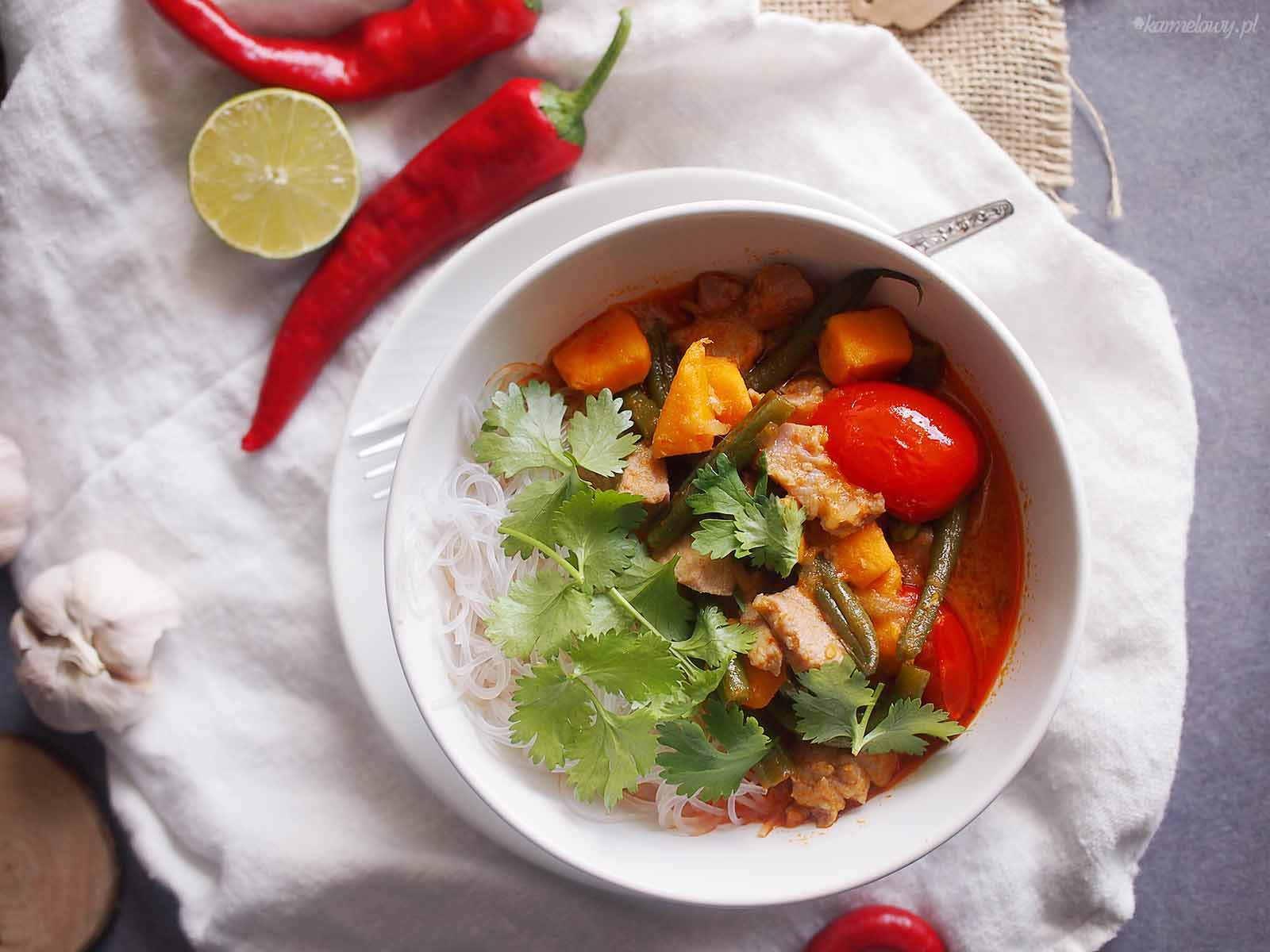 Czerwone-curry-z-ryba-fasolka-i-batatami-Red-curry-with-fish-beans-and-sweet-potato