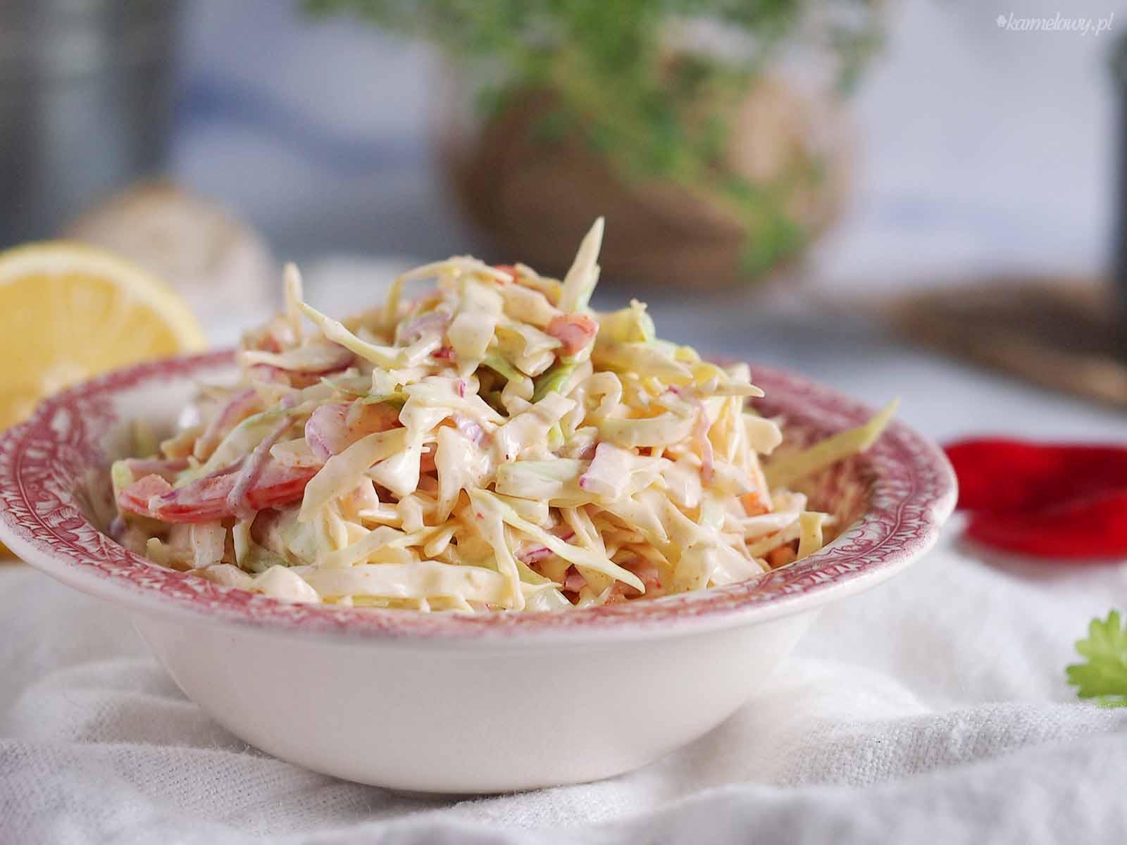 Pikantna-surowka-z-kapusty-Spicy-Coleslaw