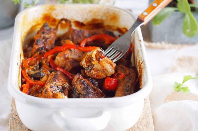 Żeberka pieczone z grzybami i papryką / Baked ribs with mushrooms and bell pepper