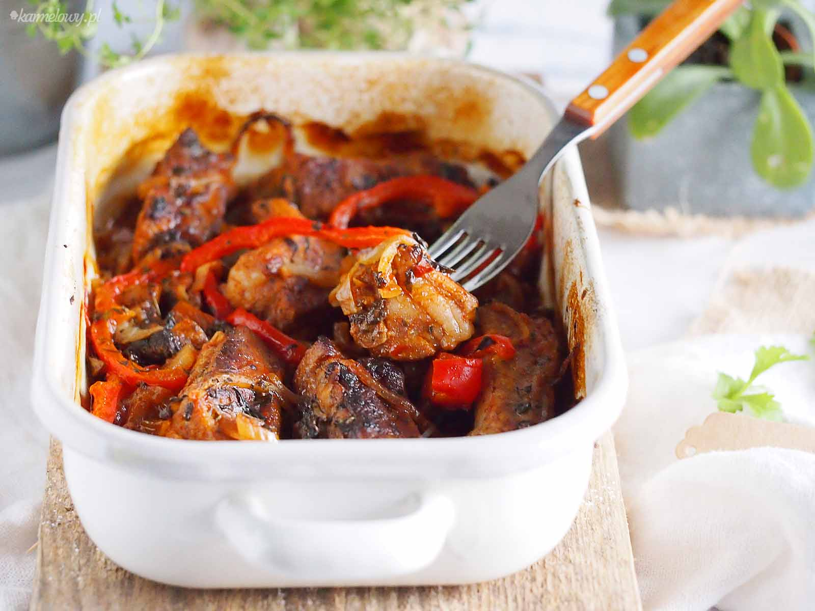 zeberka-pieczone-z-grzybami-i-papryka-Baked-ribs-with-mushrooms-and-bell-pepper